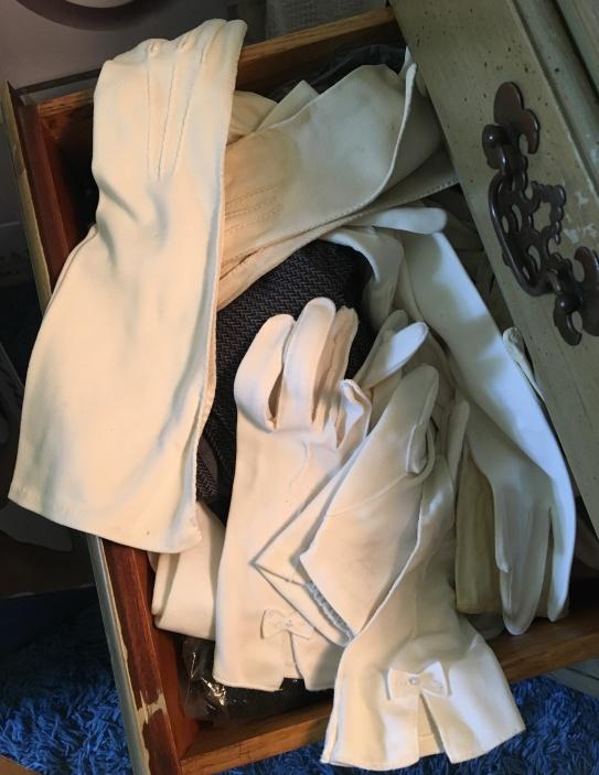 eileen's gloves