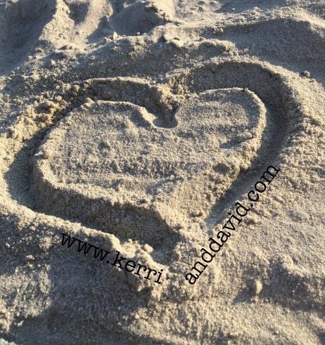 heart in sand website box