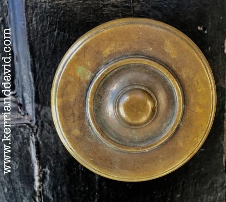 frontdoorknob website box